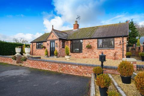 3 bedroom detached bungalow for sale - Draycott, Claverley, Wolverhampton