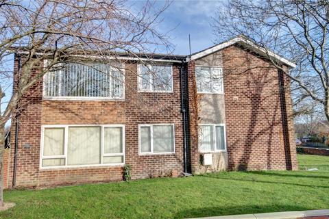 1 bedroom flat for sale - Ashdown Avenue, Gilesgate, Durham, DH1
