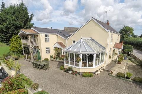 3 bedroom detached house for sale - Penpergwm, Abergavenny, Monmouthshire