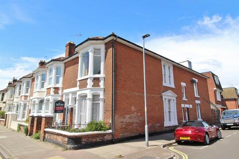 5 bedroom end of terrace house for sale - Wimbledon Park Road, Southsea