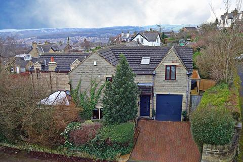 4 bedroom detached house for sale - Belmont Avenue, Baildon