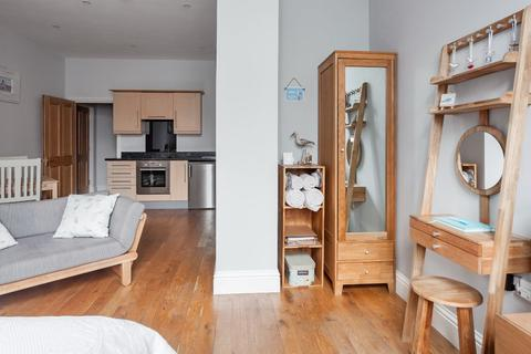 Studio to rent - Northernhay Gate, Exeter