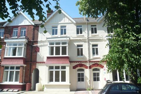 1 bedroom flat to rent - Converted 2nd Floor Flat