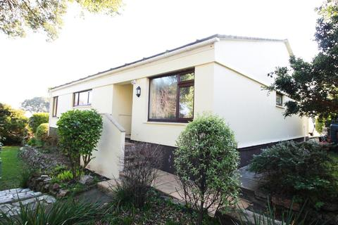 3 bedroom detached bungalow to rent - De Pass Gardens, Falmouth, Cornwall