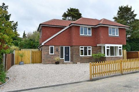 4 bedroom detached house for sale - Homefield Road, Riverhead, TN13
