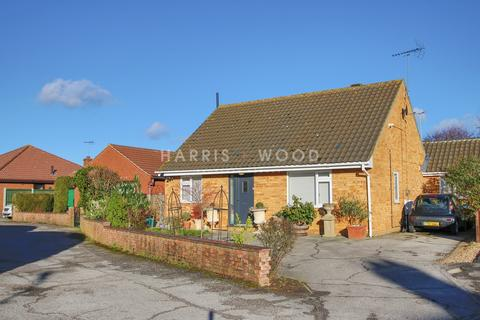 3 Bedroom Chalet For Sale Clara Reeve Close Colchester Co3