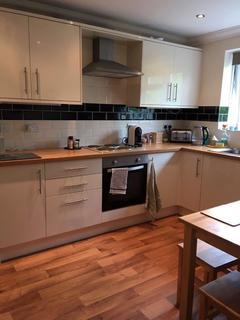 3 bedroom flat to rent - 18 Ramshaw Road