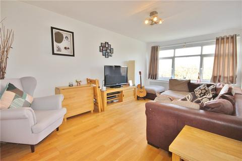 2 bedroom apartment for sale - Farm Road, Whitton, Middlesex, TW4