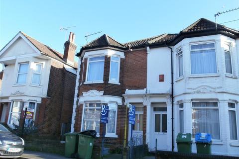 4 bedroom semi-detached house to rent - Devonshire Road, Southampton