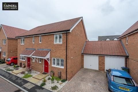 3 bedroom semi-detached house for sale - The Towpath, Yapton, Arundel, West Sussex. BN18 0FW