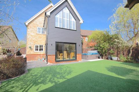 5 bedroom detached house for sale - Notley Green, Great Notley, Braintree, CM77