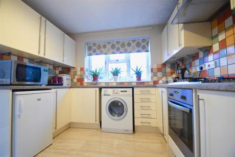 4 bedroom detached house for sale - Woodland Way, Greenhithe