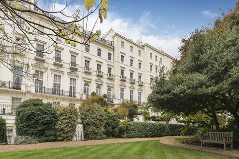 5 bedroom flat for sale - Hyde Park Gardens, London. W2