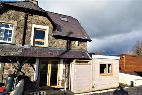 2 bedroom semi-detached house for sale - Railway Cottages, Llangaffo, Gaerwen