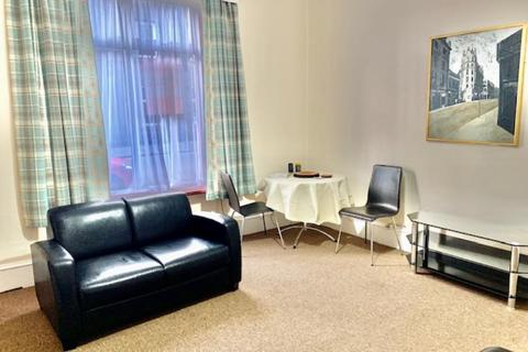 1 bedroom flat to rent - Elmbank Road, Ground Right, AB24