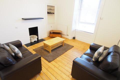 2 bedroom flat to rent - Esslemont Avenue, Second Left, AB25