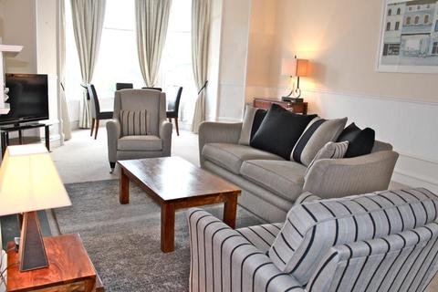 4 bedroom flat to rent - Hamilton Place, Aberdeen, AB15