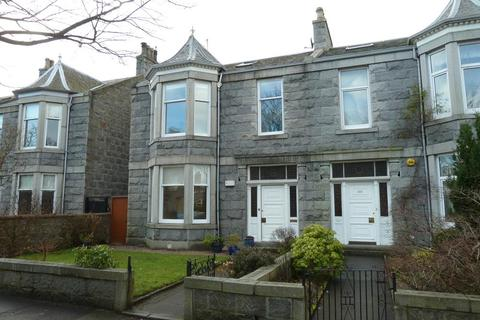 5 bedroom semi-detached house to rent - Forest Avenue, Aberdeen, AB15
