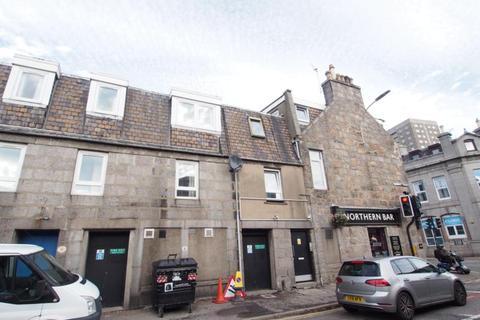 4 bedroom flat to rent - Maberly Street, Flat C, Top Floor Left, AB25