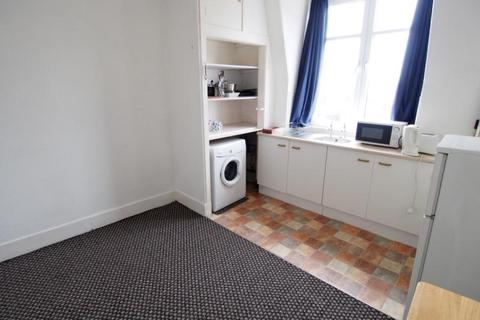 1 bedroom flat to rent - Great Northern Road, Top Left, AB24