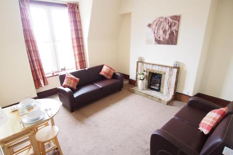 1 bedroom flat - Sunnyside Road, Top Right, AB24