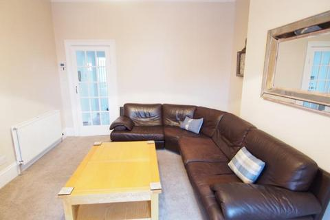 2 bedroom flat to rent - Belgrave Terrace, First Left, AB25