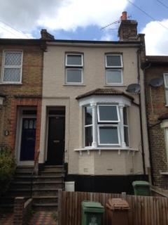 Studio to rent - Maximfeldt Road, Erith, Kent, DA8