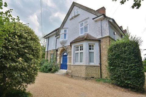 Studio to rent - Rexholme, 12 Lower Edgeborough Road, Guildford, Surrey, GU1