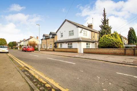 4 bedroom flat for sale - Cherry Hinton Road, CB1