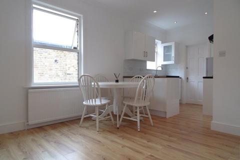 3 bedroom flat to rent - Osterley Park View Road, Hanwell, W7