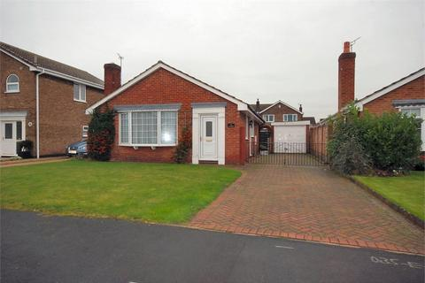 3 bedroom detached bungalow to rent - The Hawthorns, Riccall, York