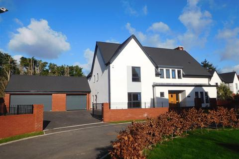 5 bedroom detached house for sale - Elm House Plot 43, Ark Royal Avenue, Exeter