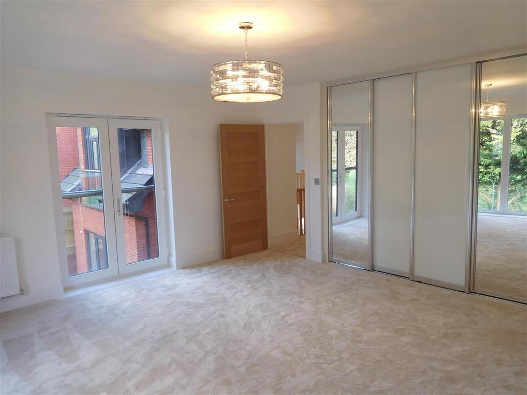 Bedroom with en suite