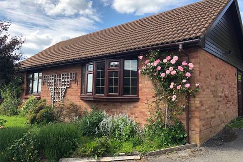 3 bedroom detached bungalow for sale - Cornfield Road, Devizes, Wiltshire, SN10