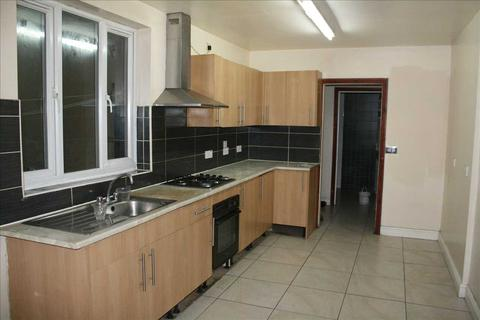 4 bedroom terraced house to rent - Gipsy Road, Leicester