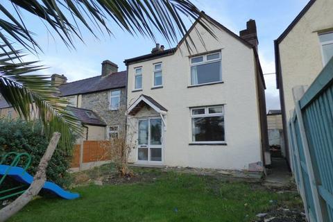3 bedroom end of terrace house for sale - Hafod y Bryn, Pen Y Bryn Road, Llanfairfechan. LL33 0UB