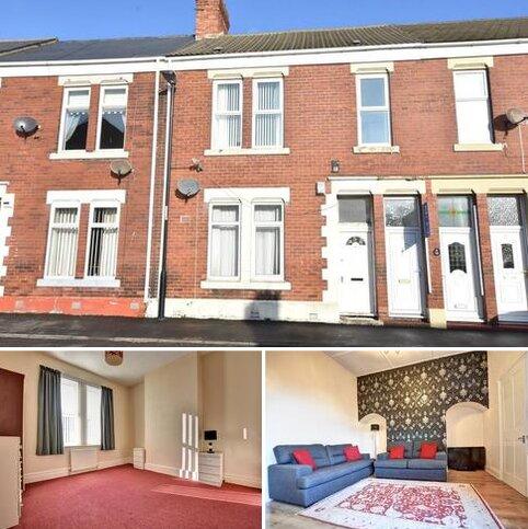 2 bedroom flat to rent - Sandringham Road, Roker
