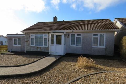 3 bedroom detached bungalow for sale - East Park, Redruth