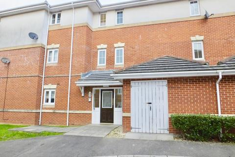 2 bedroom apartment to rent - Mirabella Close, Woolston