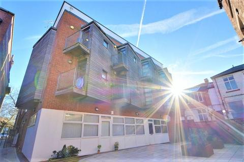 1 bedroom apartment to rent - Lord Street, Southport