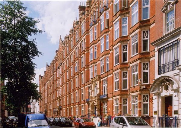 4 Bedrooms Flat for sale in PENTHOUSE BICKENHALL MANSIONS, MARYLEBONE, W1