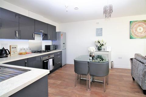 2 bedroom flat for sale - Morris Drive, Belvedere