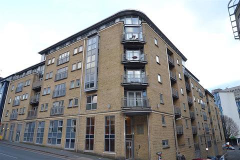 1 bedroom flat to rent - Montague Street, Bristol