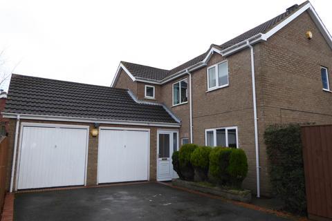 4 bedroom detached house for sale - Bradley Road, Waltham