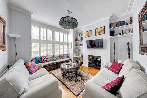 3 bedroom maisonette to rent - Penwith Road Earlsfield London