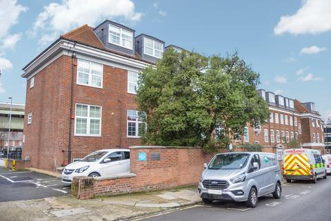 2 bedroom apartment for sale - Glenhurst Road, Brentford