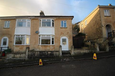 3 bedroom semi-detached house to rent - Highbury Villas, Bath