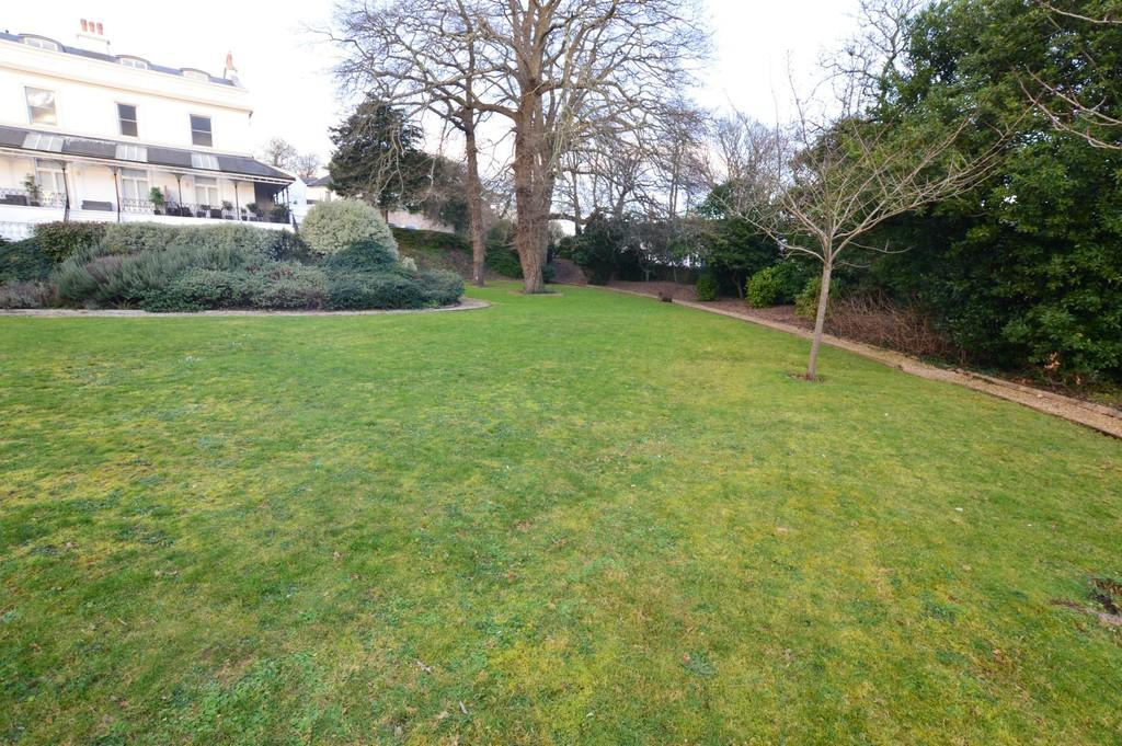 Torquay 4 Bed Apartment For Sale 163 279 950