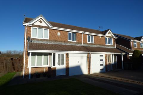 3 bedroom semi-detached house to rent - Ploverfield Close, Ashington, Northumberland, NE63 8LX