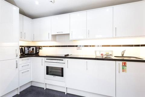 1 bedroom flat to rent - Hertford Street, Mayfair, W1J